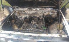 Quemada y desvalijada localizan camioneta con reporte de robo