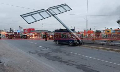 Aparatoso accidente en Periférico Norte