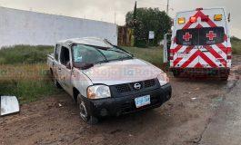 Vuelca camioneta en Carretera a Zaragoza, un lesionado