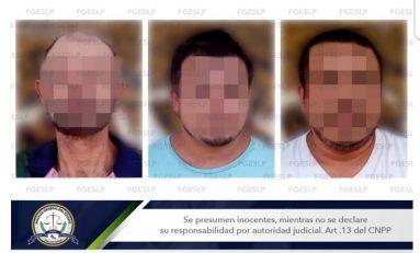 Dictan prisión preventiva a sujetos acusados de violara a una menor en Xilitla