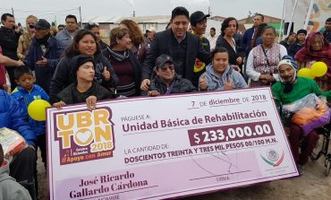 El diputado federal Ricardo Gallardo realiza donación de su bono y aguinaldo para nueva Unidad Básica de Rehabilitación en Soledad