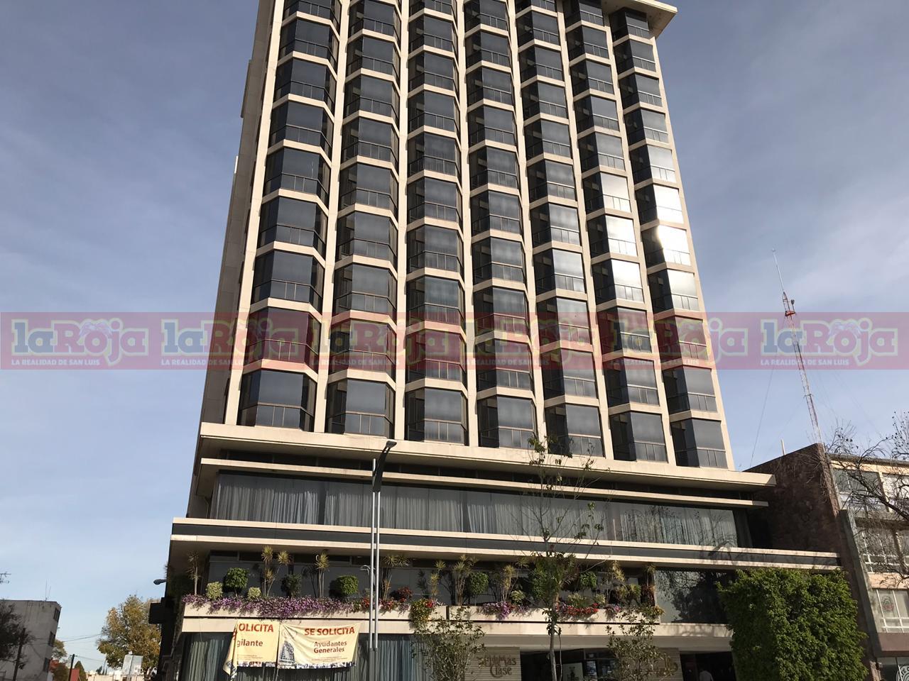 Confirman identidad del hombre fallecido en el Hotel Real Plaza