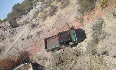 Accidente en Carretera a Moctezuma deja una persona fallecida y un lesionado