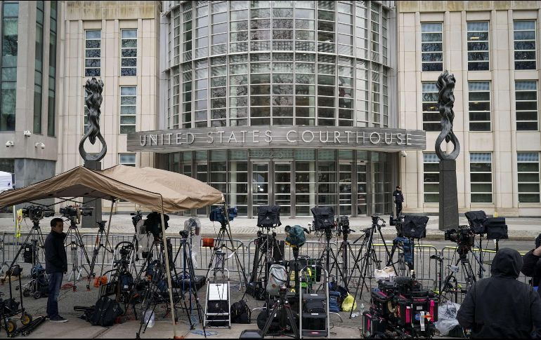 """Arrestan a un """"familiar"""" del """"Chapo"""" en su juicio"""