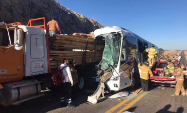 Al menos 5 personas sin vida deja accidente en supercarretera Durango-Mazatlán