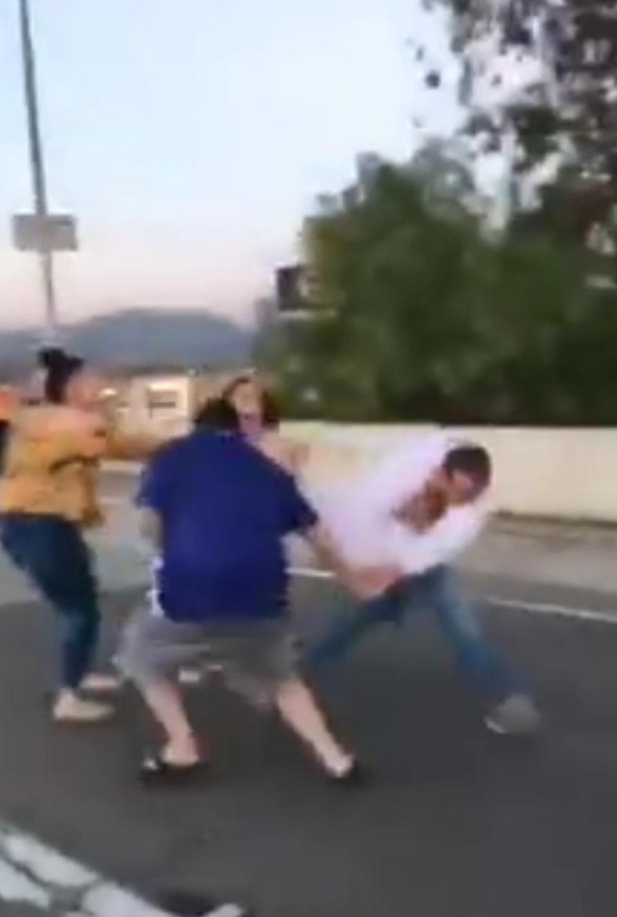 """LOS LLAMAN """"FRIJOLEROS"""" Y DESATAN SU FURIA"""