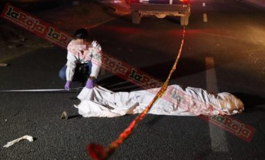 Joven pierde la vida al ser arrollado en Carretera a Matehuala