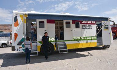 Brindan atención médica y medicamentos gratuitos a personas en condición vulnerable