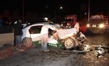 Terrible accidente en Periférico Norte, taxista choca por alcance y pierde la vida
