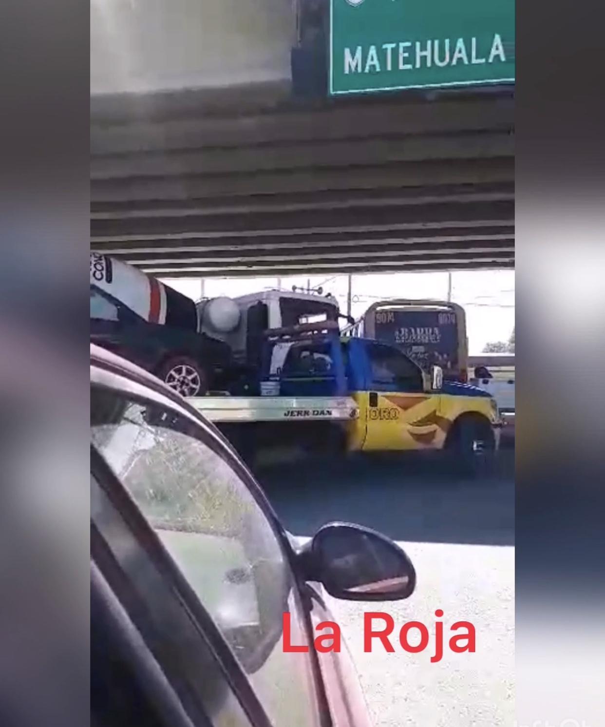 PIDEN QUE SE REACTIVEN LOS SEMÁFOROS DE AVENIDA SAN PEDRO Y PERIFÉRICO