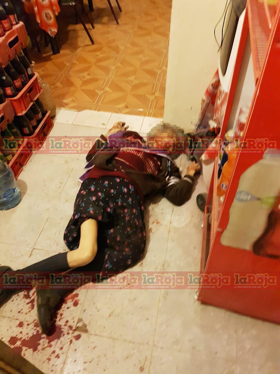 Ancianita muere baleada en el interior de una tienda de abarrotes en Los Magueyes