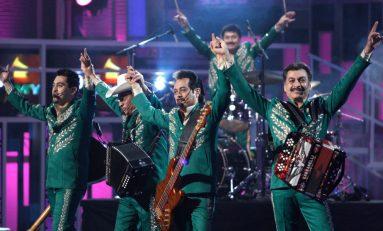 ¡UN TOQUE MUY MEXICANO! LOS TIGRES DEL NORTE EN EL SÚPER BOWL 49ers