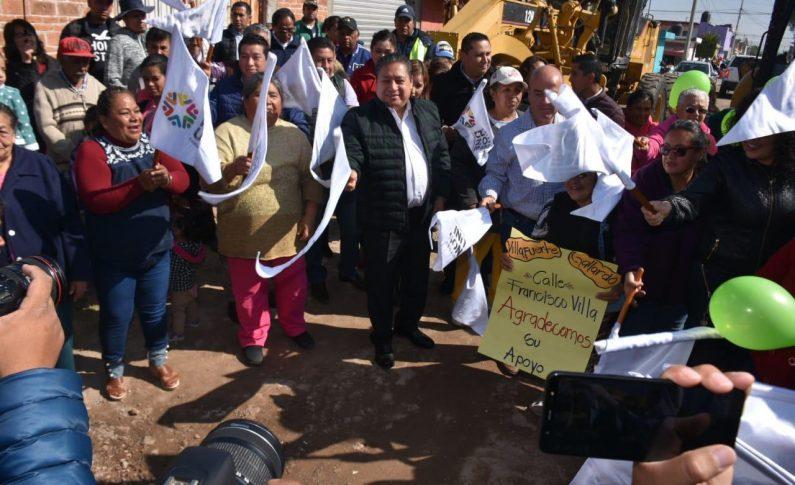 Arrancan pavimentación en tres calles de la Rivas Guillén Norte