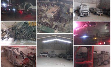 Desmantelan bodega clandestina con autos robados