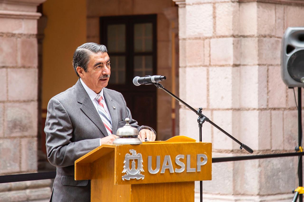 El rector Alejandro Javier Zermeño Guerra tomó la protesta de las y los directores para el periodo 2020-2024.