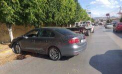 """Accidente frente a """"Plaza El Dorado """" deja un lesionado"""