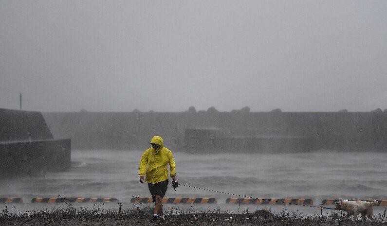 Tifón 'Haishen' deja al menos 2 muertos y más de 50 lesionados en Japón
