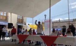 AGARRAN A HUEVAZOS A NOROÑA EN HIDALGO