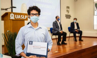 Entusiasmo, compromiso y orgullo, cualidades de los jóvenes de nuevo ingreso a la UASLP