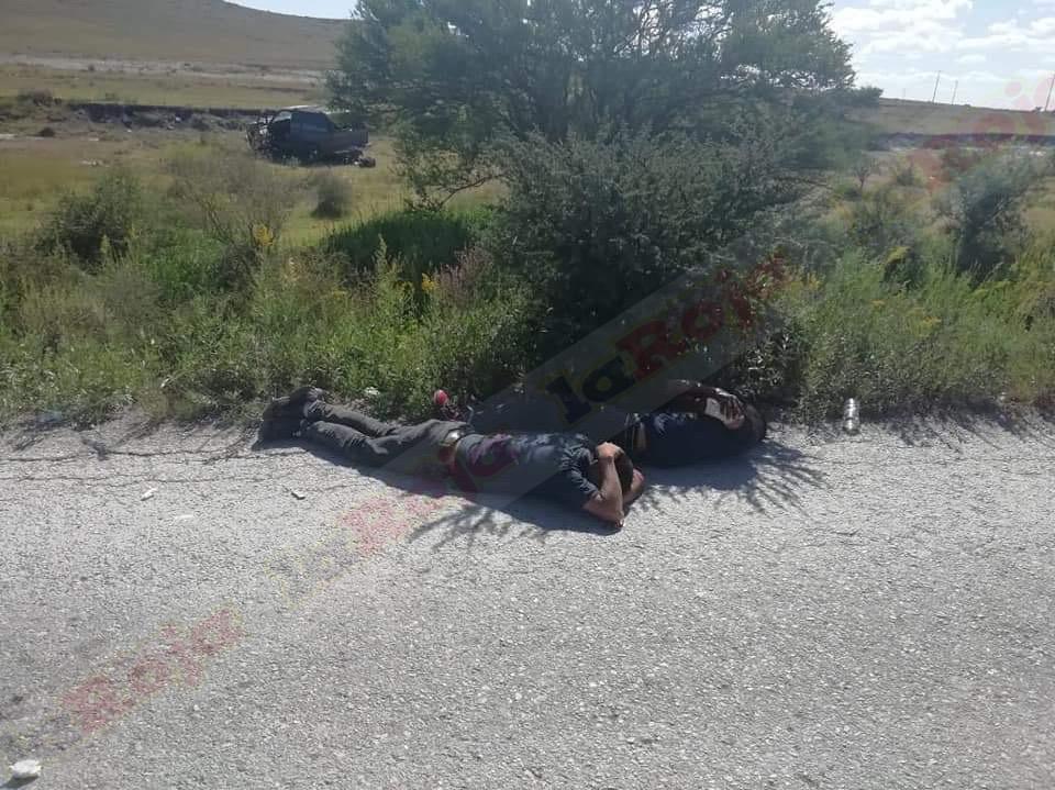 BALACERA EN LA CARRETERA CHARCAS-SANTO DOMINGO DEJA UN MUERTO Y DOS DETENIDOS.