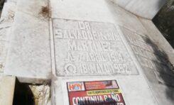 """SEPULCRO DE SALVADOR NAVA EN COMPLETO OLVIDO POR """"NAVISTAS"""""""